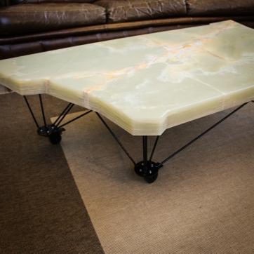 table onyx-17