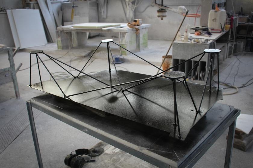 table onyx.jpg